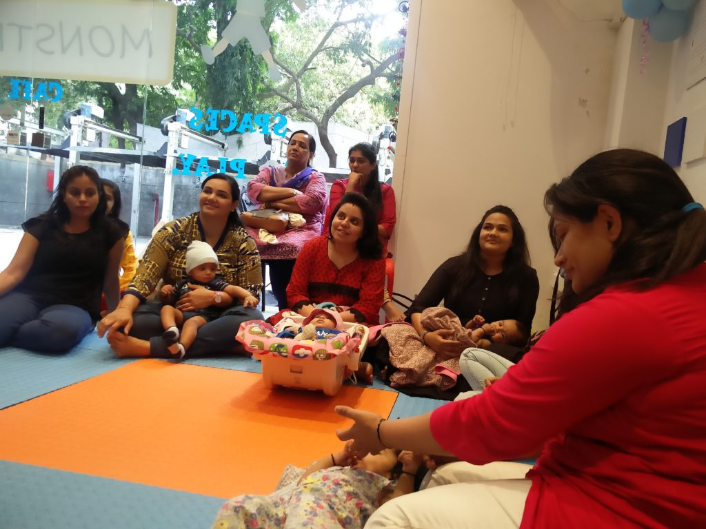JAMMS mommies at the Baby & me workshop on 4/12/16